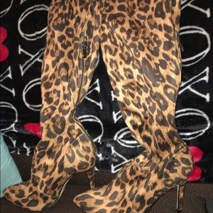 Size 9.5 High heel cheetah Knee high boots